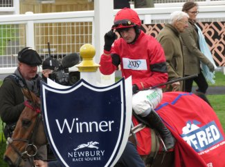 Winner's enclosure: Nico de Boinville & Brave Eagle