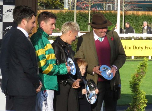 Archie McCoy, Barry Geraghty, Nicky Henderson & the sponsors - after the presentations
