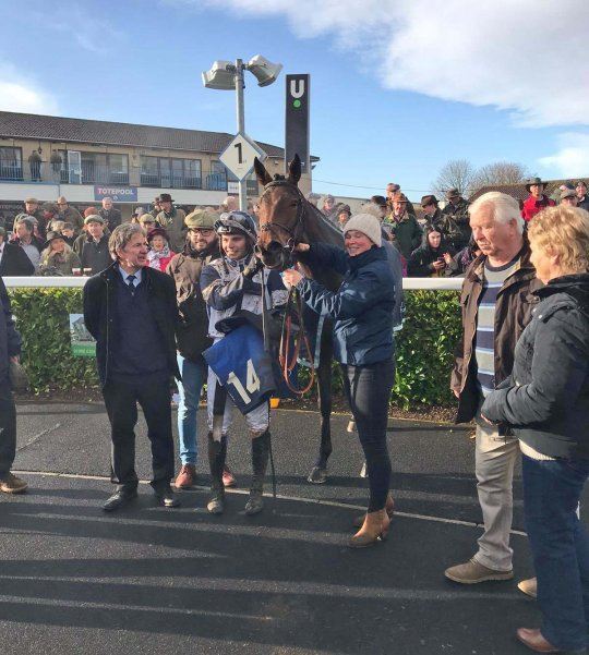 Misty Bloom after her impressive win - with members of the Bonita Racing Club (Photo courtesy Wincanton Racecourse)