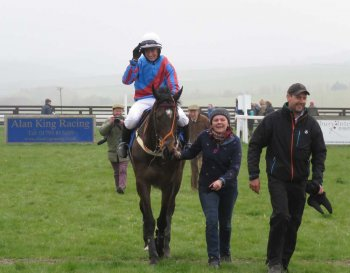 It wasn't Aintree, but it was a sweet victory: Lucy Turner & Hott Lips