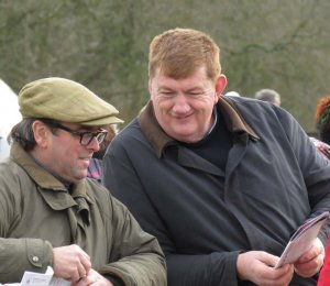 Barbury International 2018: Alan King discussing form with Irish trainer John Joseph Hanlon