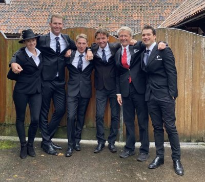 Team New Zealand: Samantha Lissington, Jesse Campbell, Bruce Haskell (competing as an individual), Dan Jocelyn, Graeme Thom (ESNZ High Performance Eventing Manager) & James Avery