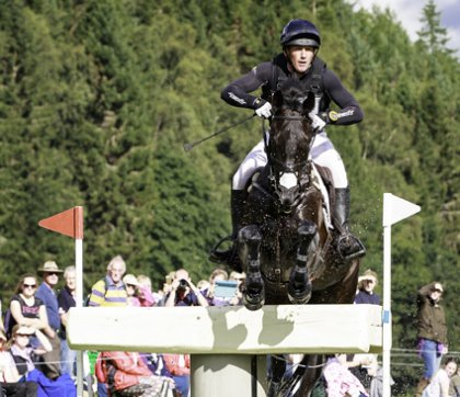 Oliver Townend jumps into a winning position (Photo courtesy Eventridermasters.tv  & copyright Libby Law Photography)