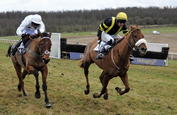 New List & Richard Harding (rt) winning division 2 of the bumper (Photo courtesy www.mjayphotography.co.uk & Media)