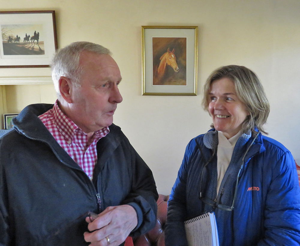 Andy Turnell & Jan Perrins - the drawing behind them is of Dower House who Andy trained 2002-2007 - & who won nine flat races in his career