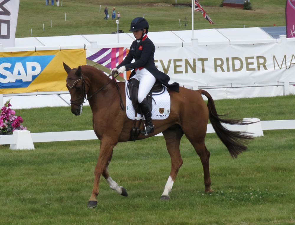 Laura Collett & Grand Manoeuvre at Barbury 2017