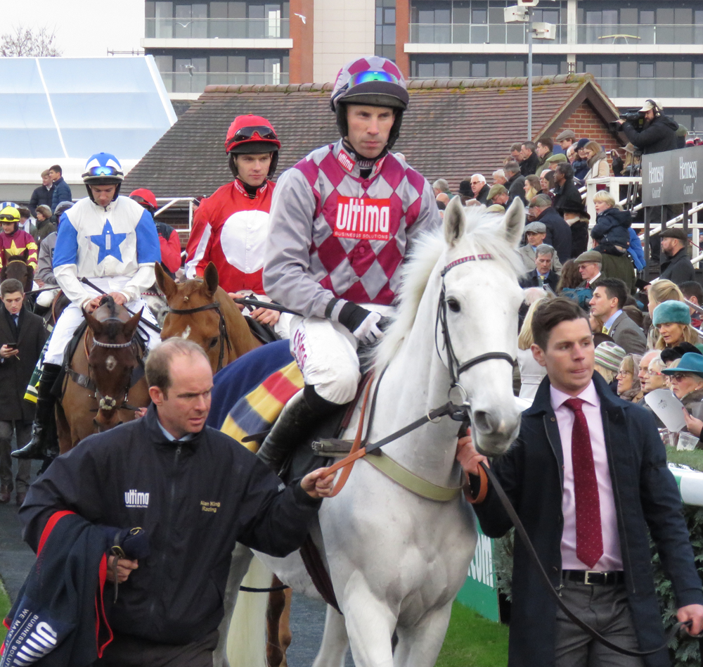 Smad Place & Wayne Hutchinson on their way to the start for Newbury's 2016 Hennessy Gold Cup
