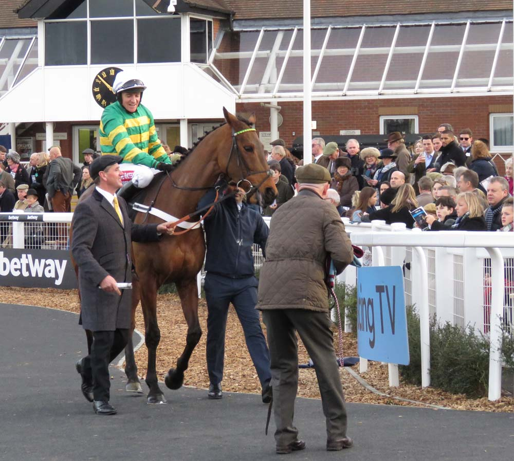 Champ & Barry Geraghty going to post for the 2018 Challow Hurdle