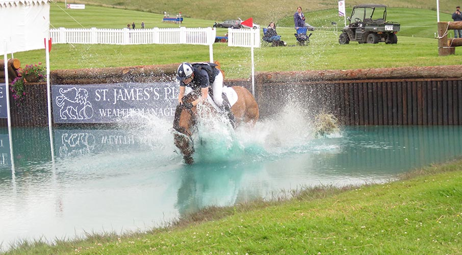 a-A-TRICKY-BARBURY-LANDING--resaved